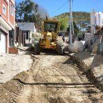 El Municipio inició tareas de mantenimiento vial en la zona alta de barrio Pietrobelli