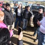 Municipio y vecinos de km.18 acordaron un plan de trabajo para el saneamiento del acceso a la escombrera