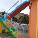 El Municipio realizó tareas de mantenimiento en puentes peatonales