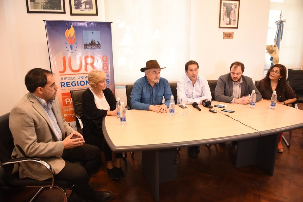 """De Marziani: """"Sin el acompañamiento de la Municipalidad, no podríamos concretar estos Juegos Deportivos"""""""