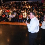 """Rey: """"Fijamos políticas integrales para brindar soluciones totales a las problemáticas sociales de la comunidad"""""""