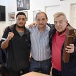 El intendente recibió la visita del reconocido periodista en boxeo Hernán Santos Nicolini