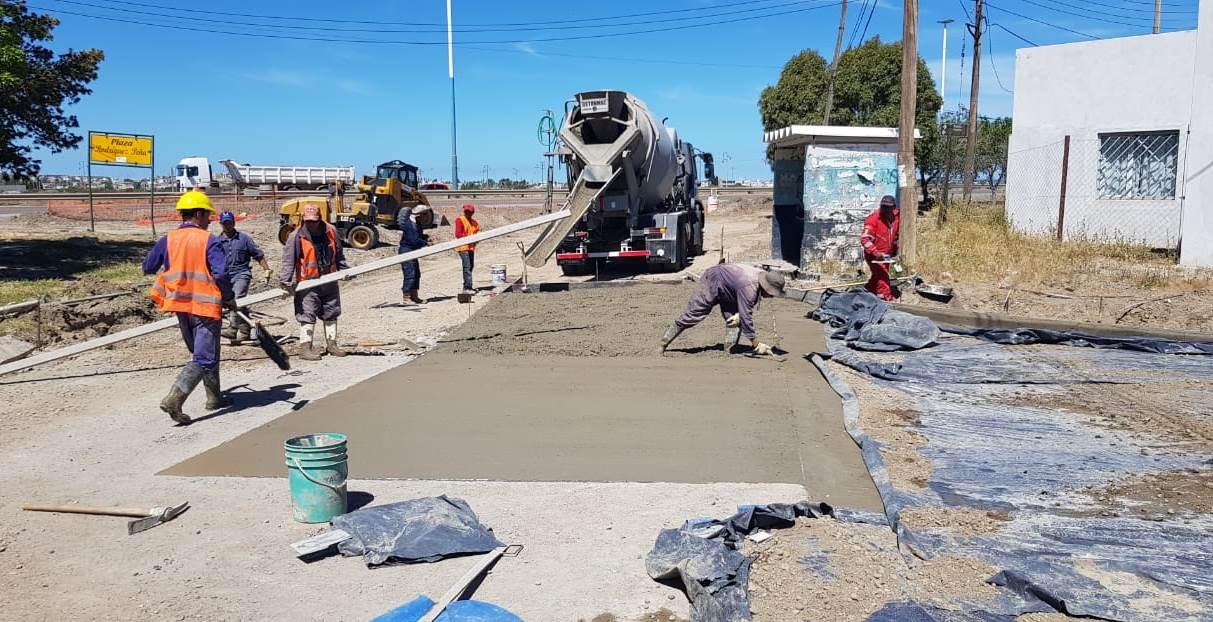El Municipio intensifica las tareas de repavimentación en la colectora de barrio Rodríguez Peña