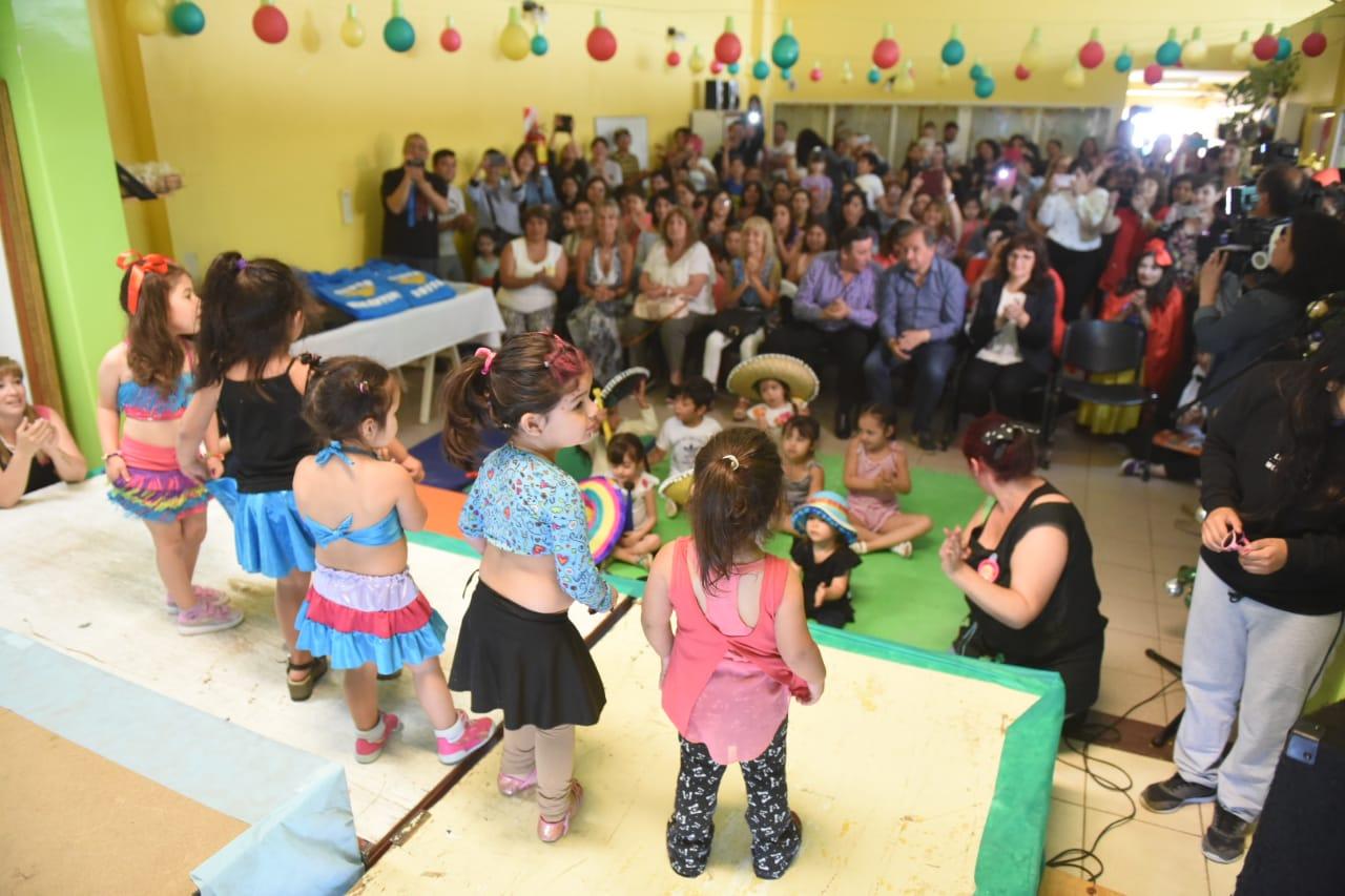 Más de 290 familias confían en la educación de los jardines maternales municipales