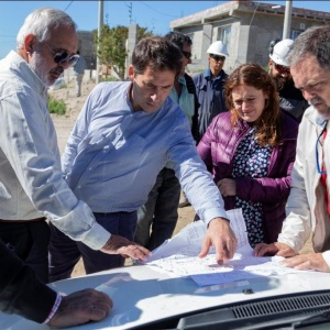 Más de 400 familias resultarán beneficiadas con obras de pavimento