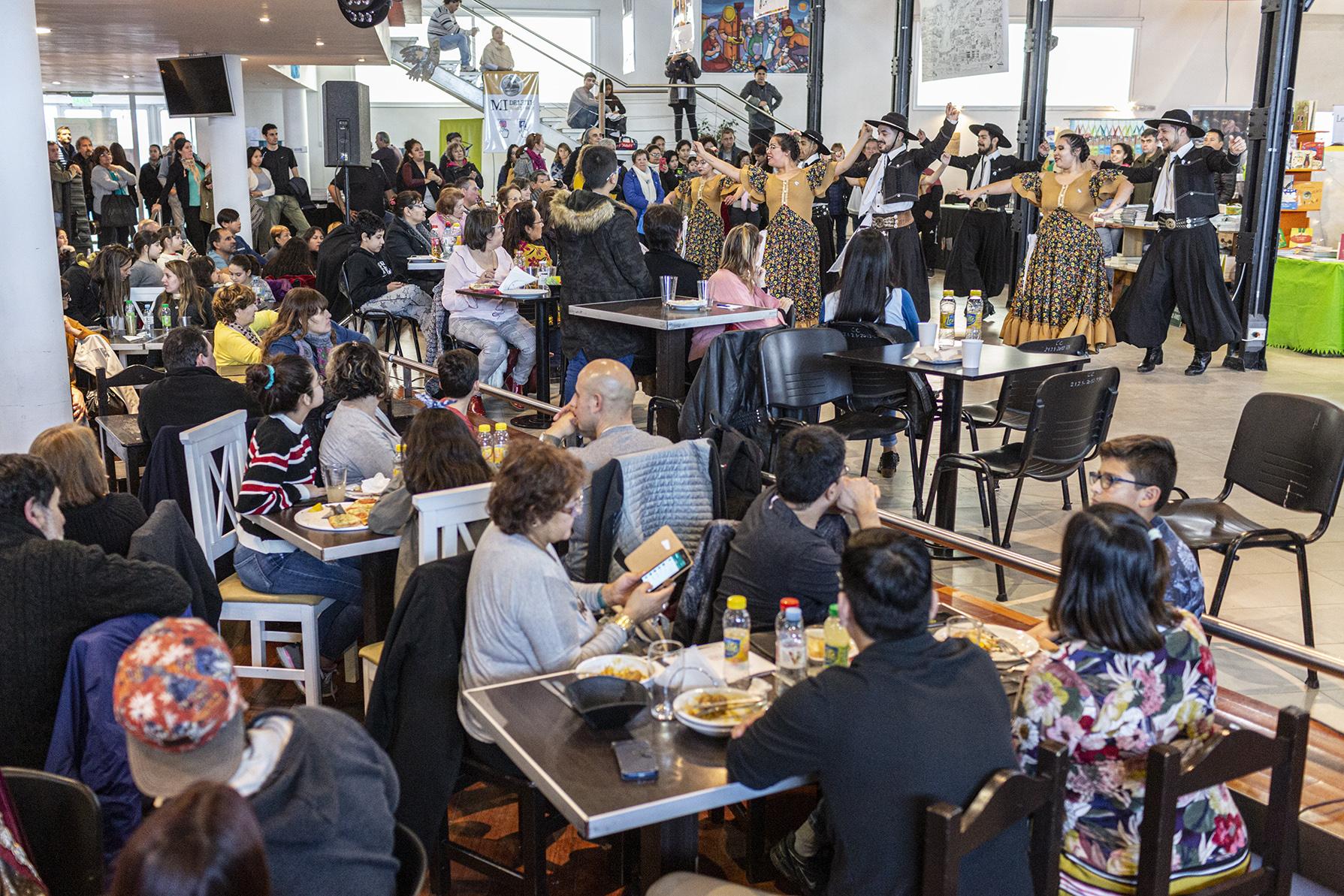Gran cierre de la 6° Feria Internacional del Libro en la ciudad