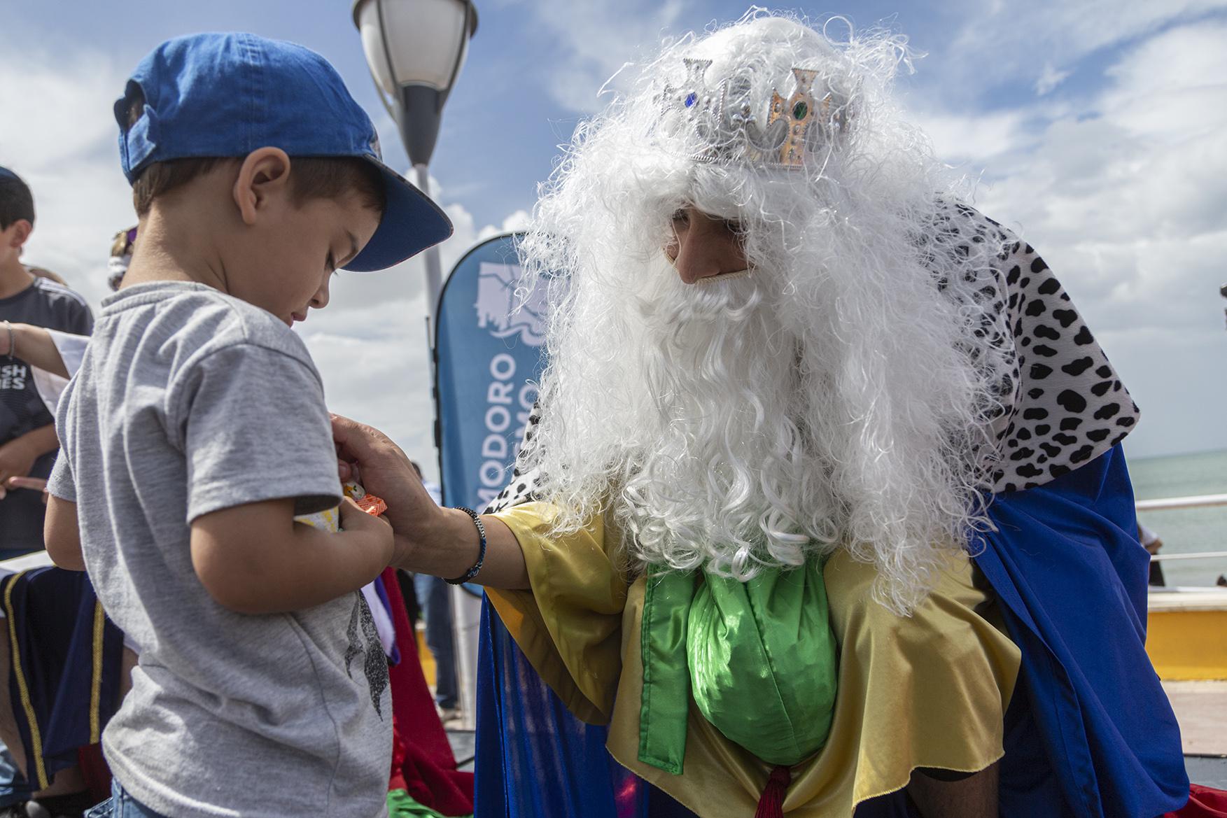 Los Reyes Magos llegaron a la ciudad para la alegría de los chicos