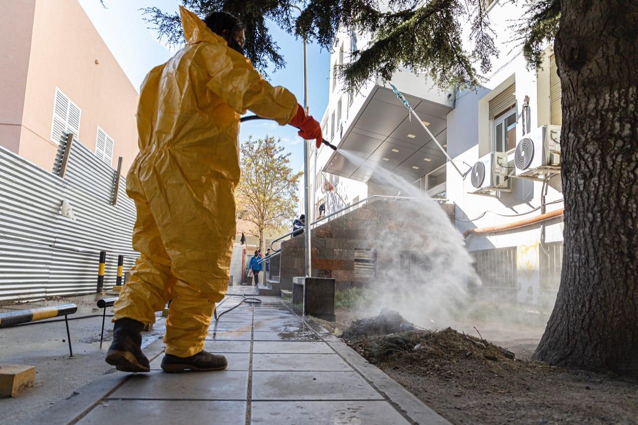 La Municipalidad suma esfuerzos y recursos en tareas de desinfección