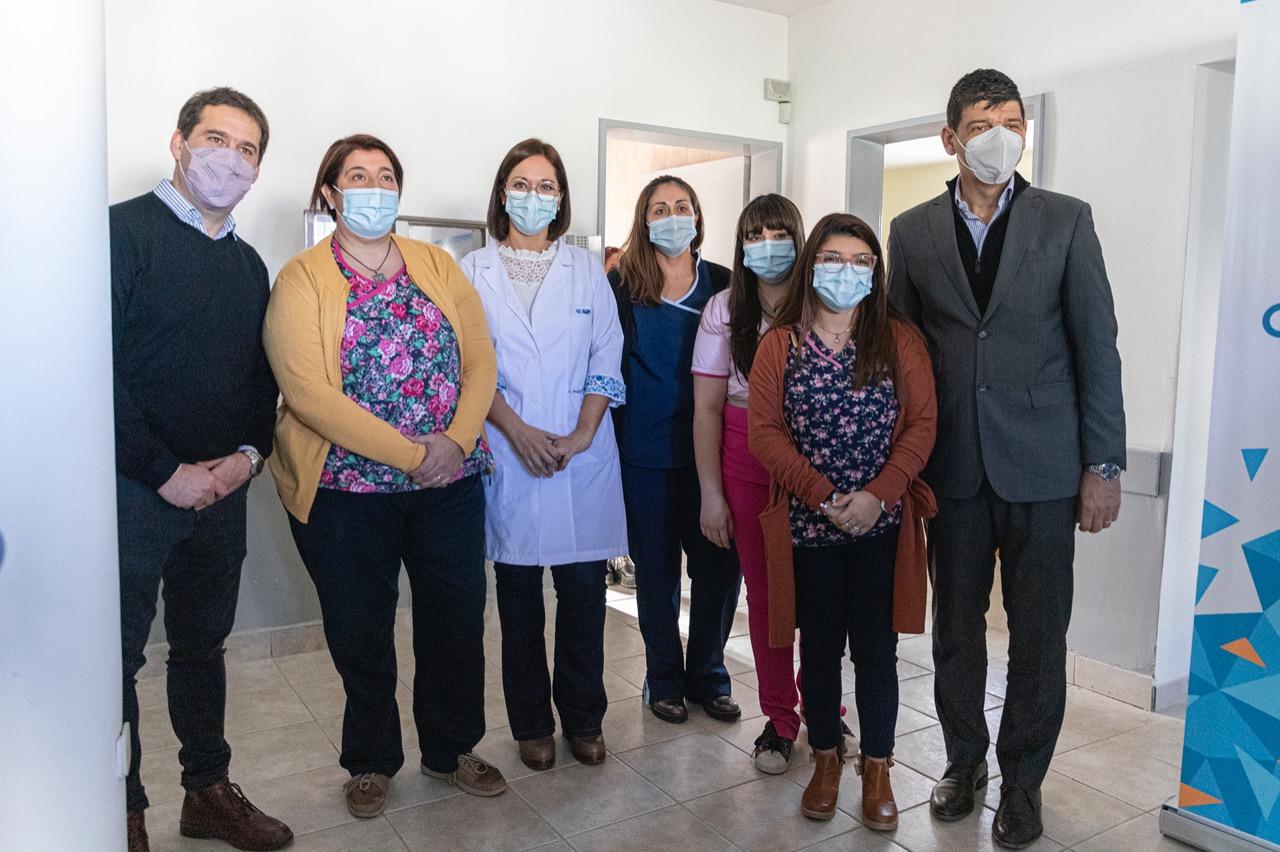 El intendente Luque y Arnaldo Medina inauguraron los nuevos consultorios del CAPS Moure